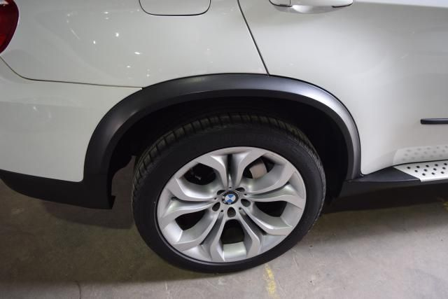 2011 BMW X5 xDrive50i 50i Richmond Hill, New York 6