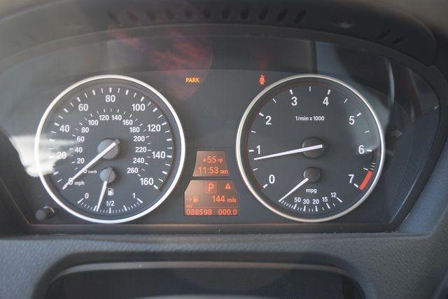 2011 BMW X5 xDrive50i 50i Richmond Hill, New York 25