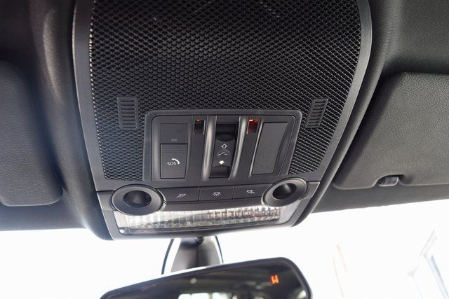 2011 BMW X5 xDrive50i 50i Richmond Hill, New York 32