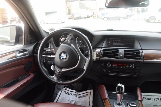 2011 BMW X6 xDrive50i 50i Richmond Hill, New York 10