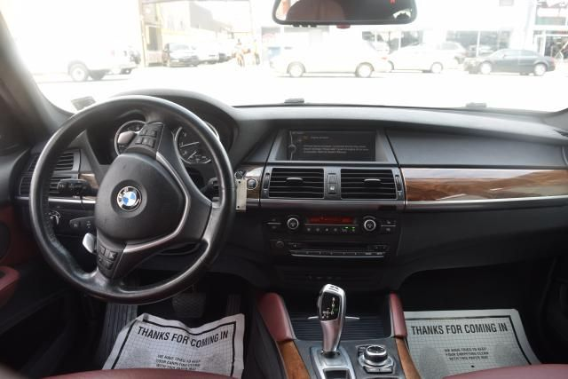 2011 BMW X6 xDrive50i 50i Richmond Hill, New York 11