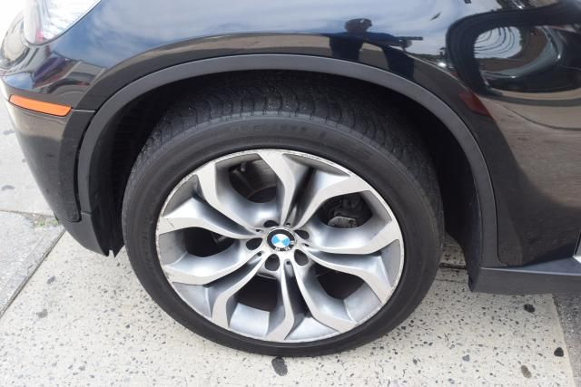 2011 BMW X6 xDrive50i 50i Richmond Hill, New York 23