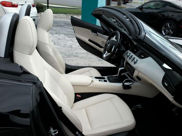 2011 BMW Z4 sDrive30i San Antonio, Texas 16