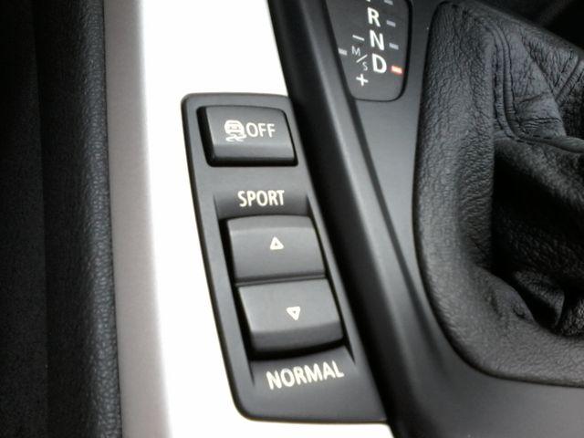 2011 BMW Z4 sDrive30i San Antonio, Texas 26