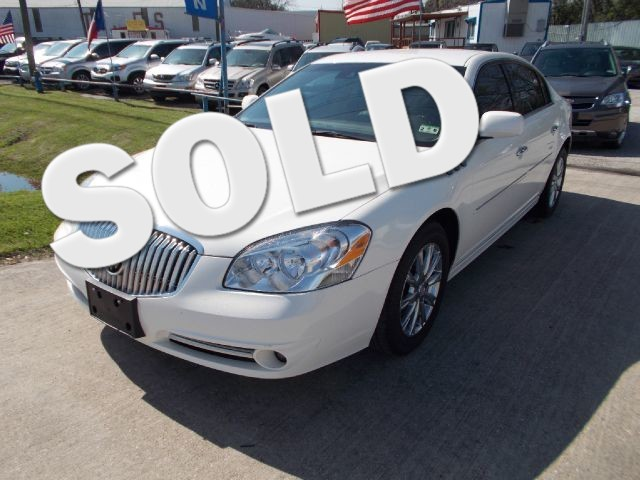 2011 Buick Lucerne CXL Premium The electronic components on this vehicle are in working order Not
