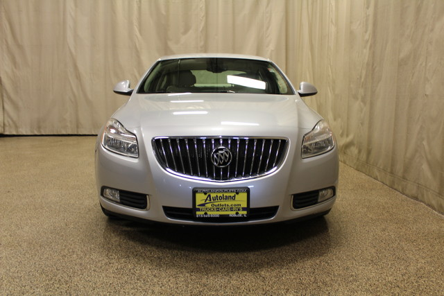 2011 Buick Regal CXL RL1 Roscoe, Illinois 3