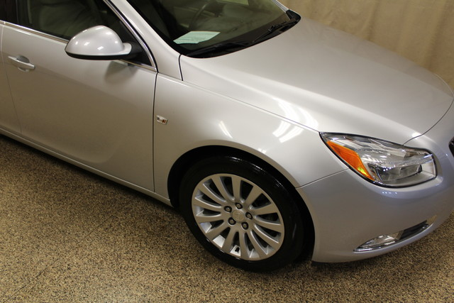 2011 Buick Regal CXL RL1 Roscoe, Illinois 4