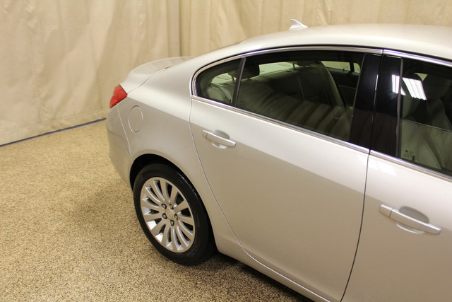 2011 Buick Regal CXL RL1 Roscoe, Illinois 6