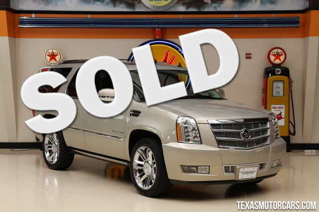 2011 Cadillac Escalade Platinum Edition This 2011 Cadillac Escalade Platinum Edition is in great s