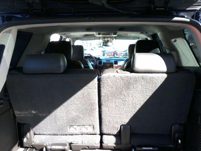 2011 Cadillac Escalade AWD Premium San Antonio, Texas 10