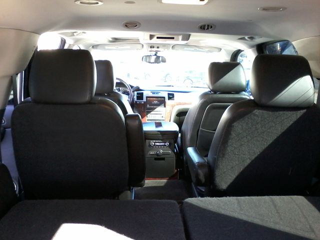 2011 Cadillac Escalade AWD Premium San Antonio, Texas 11