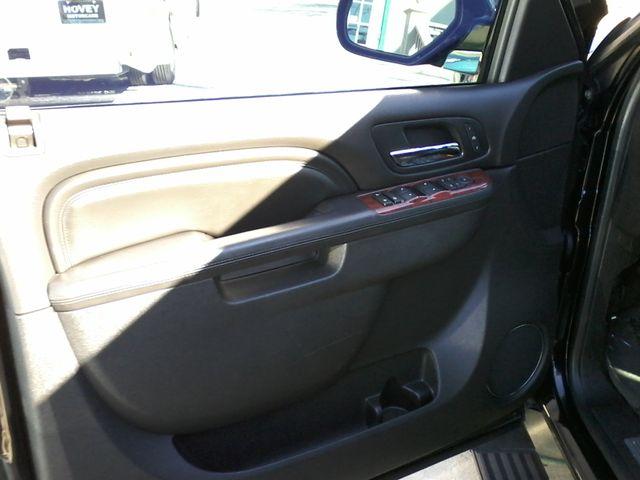 2011 Cadillac Escalade AWD Premium San Antonio, Texas 14