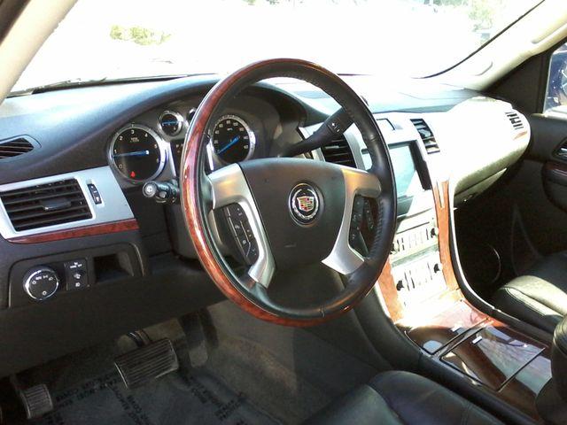 2011 Cadillac Escalade AWD Premium San Antonio, Texas 16