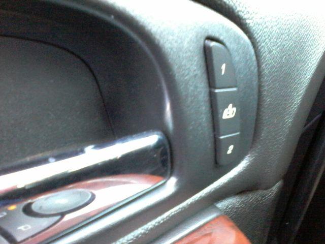2011 Cadillac Escalade AWD Premium San Antonio, Texas 26