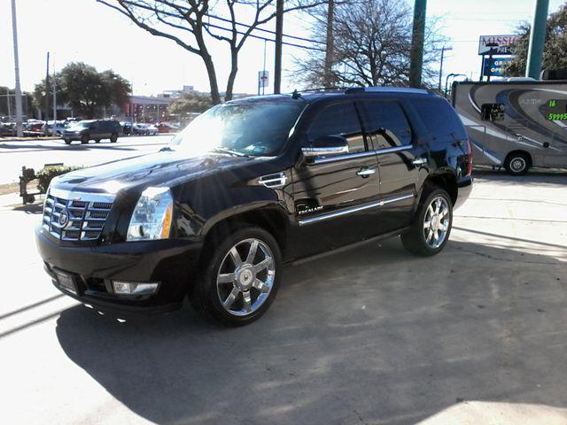 2011 Cadillac Escalade AWD Premium San Antonio, Texas 3