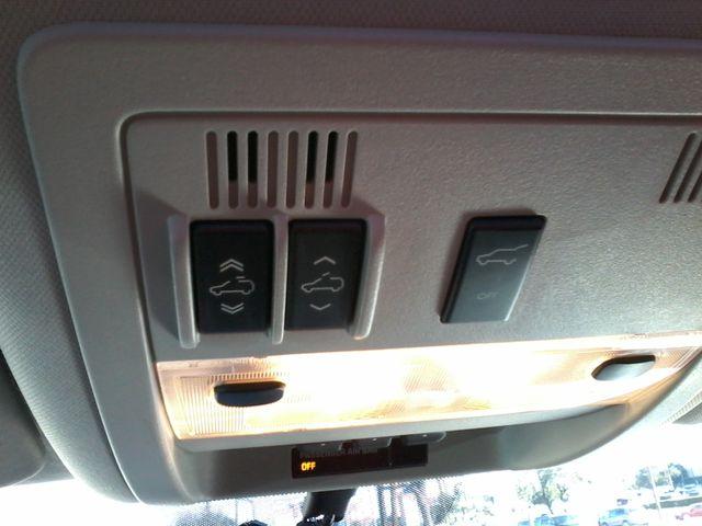 2011 Cadillac Escalade AWD Premium San Antonio, Texas 30
