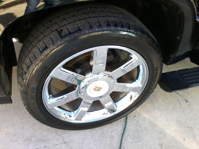 2011 Cadillac Escalade AWD Premium San Antonio, Texas 36