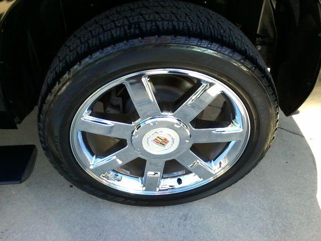 2011 Cadillac Escalade AWD Premium San Antonio, Texas 37