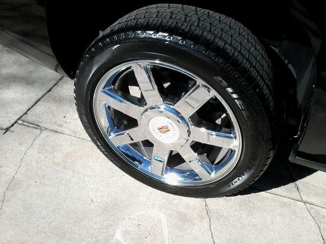 2011 Cadillac Escalade AWD Premium San Antonio, Texas 38