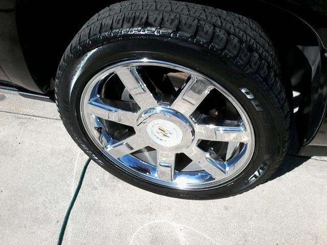 2011 Cadillac Escalade AWD Premium San Antonio, Texas 39