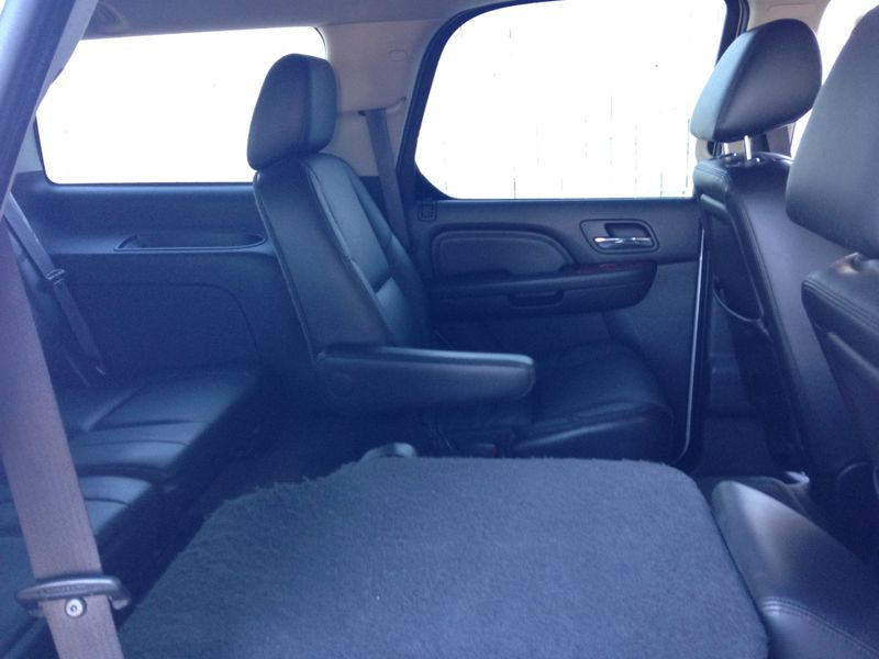 2011 Cadillac Escalade Premium  Brownsville TX  English Motors  in Brownsville, TX