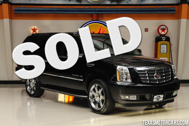 2011 Cadillac Escalade ESV Luxury This Carfax 1-Owner 2011 Cadillac Escalade ESV is in great shape