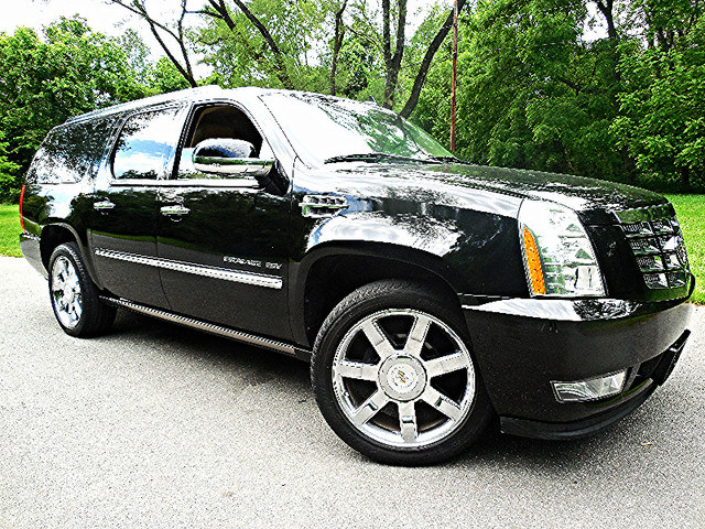 2011 Cadillac Escalade ESV Premium Leesburg, Virginia 0