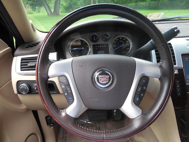 2011 Cadillac Escalade ESV Premium Leesburg, Virginia 16