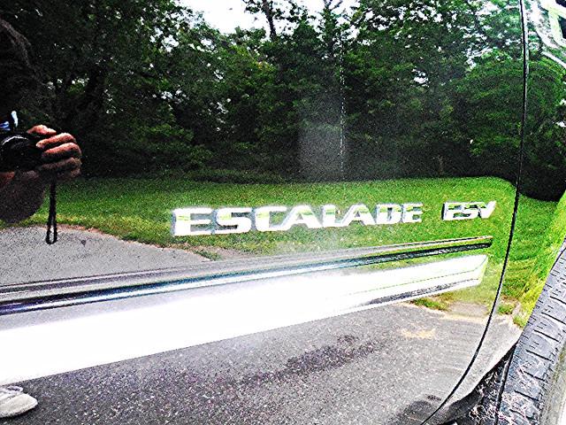 2011 Cadillac Escalade ESV Premium Leesburg, Virginia 7
