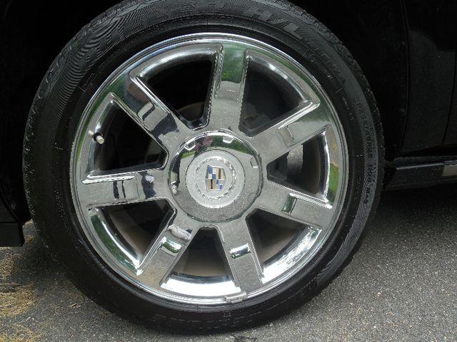 2011 Cadillac Escalade ESV Premium Leesburg, Virginia 32