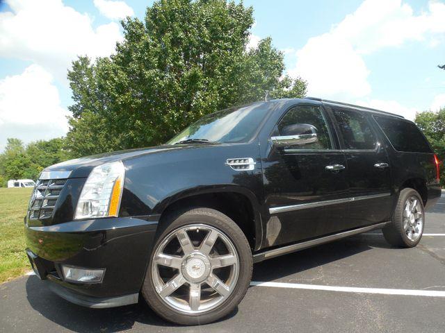 2011 Cadillac Escalade ESV Premium Leesburg, Virginia 1