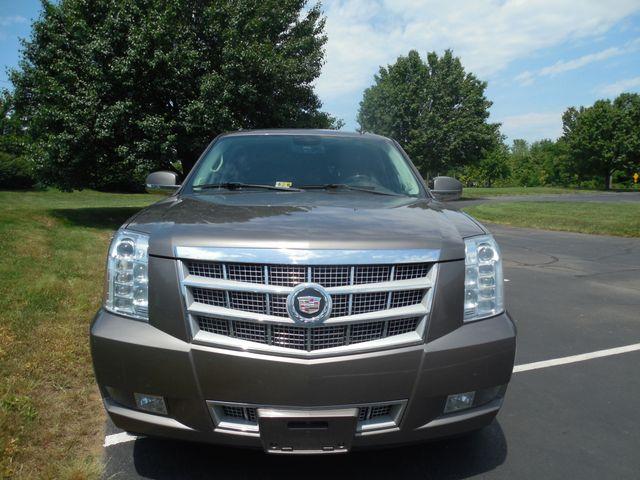 2011 Cadillac Escalade ESV Platinum Edition Leesburg, Virginia 5