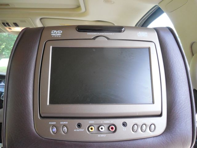 2011 Cadillac Escalade ESV Platinum Edition Leesburg, Virginia 15