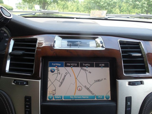 2011 Cadillac Escalade ESV Platinum Edition Leesburg, Virginia 29