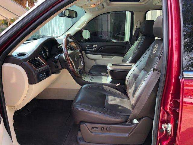 2011 Cadillac Escalade ESV Platinum Edition Longwood, FL 44