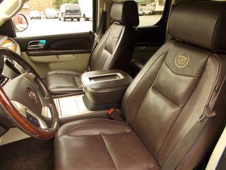 2011 Cadillac Escalade ESV Platinum Edition Manchester, NH 9