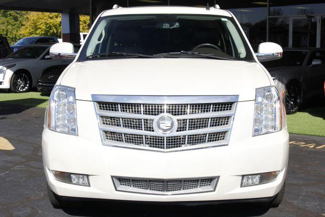 2011 Cadillac Escalade ESV Platinum Edition AWD - TOP OF THE LINE! Mooresville , NC 20