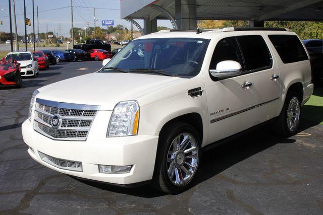 2011 Cadillac Escalade ESV Platinum Edition AWD - TOP OF THE LINE! Mooresville , NC 26