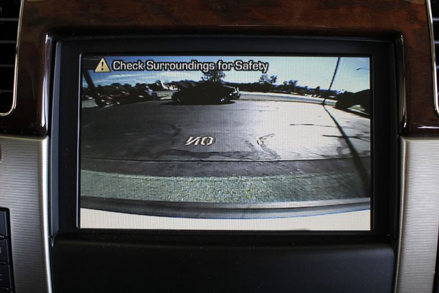 2011 Cadillac Escalade ESV Platinum Edition AWD - TOP OF THE LINE! Mooresville , NC 39