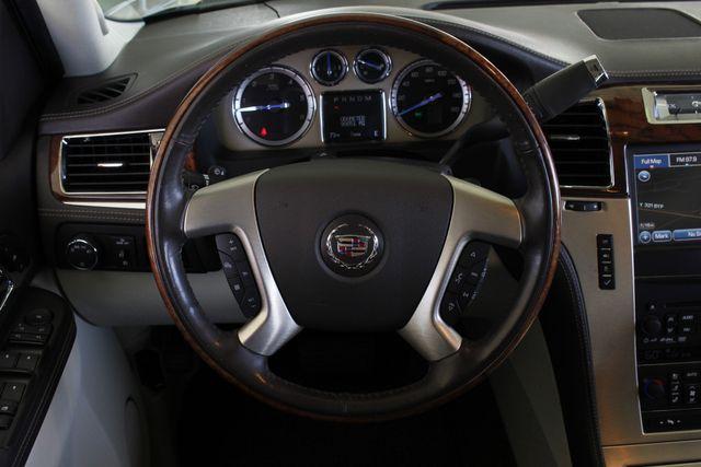 2011 Cadillac Escalade ESV Platinum Edition AWD - TOP OF THE LINE! Mooresville , NC 9