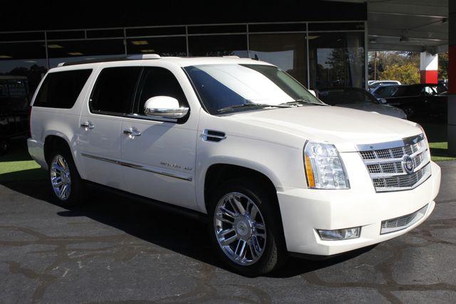 2011 Cadillac Escalade ESV Platinum Edition AWD - TOP OF THE LINE! Mooresville , NC 25