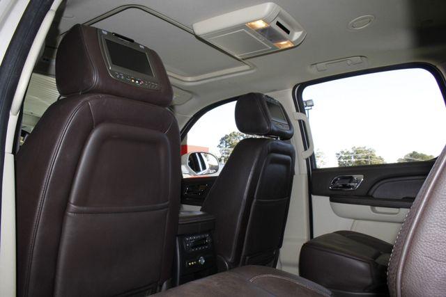 2011 Cadillac Escalade ESV Platinum Edition AWD - TOP OF THE LINE! Mooresville , NC 45