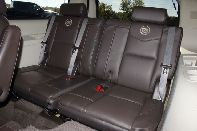 2011 Cadillac Escalade ESV Platinum Edition AWD - TOP OF THE LINE! Mooresville , NC 15