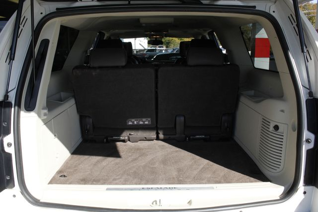 2011 Cadillac Escalade ESV Platinum Edition AWD - TOP OF THE LINE! Mooresville , NC 16