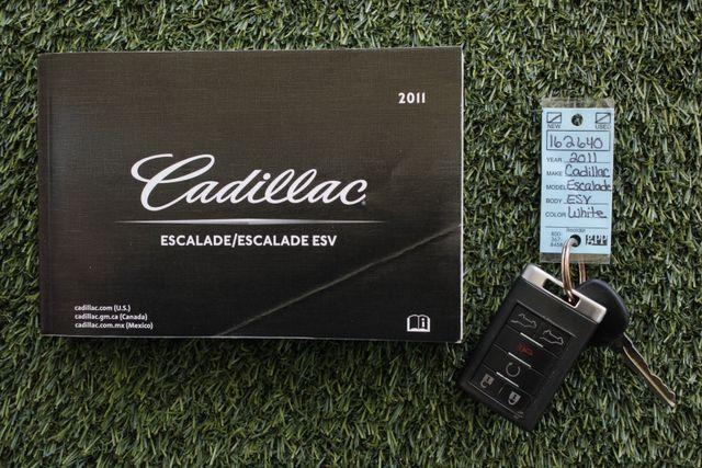 2011 Cadillac Escalade ESV Platinum Edition AWD - TOP OF THE LINE! Mooresville , NC 22