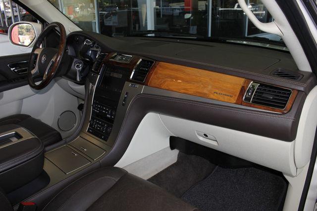 2011 Cadillac Escalade ESV Platinum Edition AWD - TOP OF THE LINE! Mooresville , NC 35
