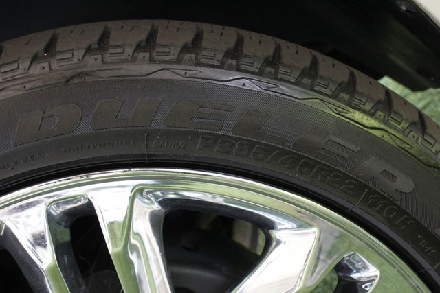2011 Cadillac Escalade ESV Platinum Edition AWD - TOP OF THE LINE! Mooresville , NC 56