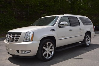 2011 Cadillac Escalade ESV Premium Naugatuck, Connecticut