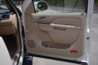 2011 Cadillac Escalade ESV Premium Naugatuck, Connecticut 2