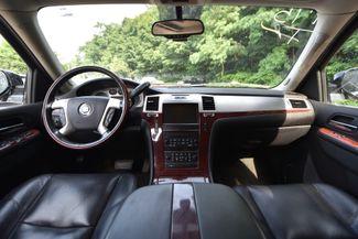 2011 Cadillac Escalade ESV Luxury Naugatuck, Connecticut 17